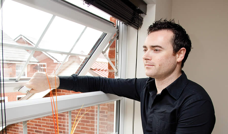 How do I get my windows unstuck? Our quick fix tips!