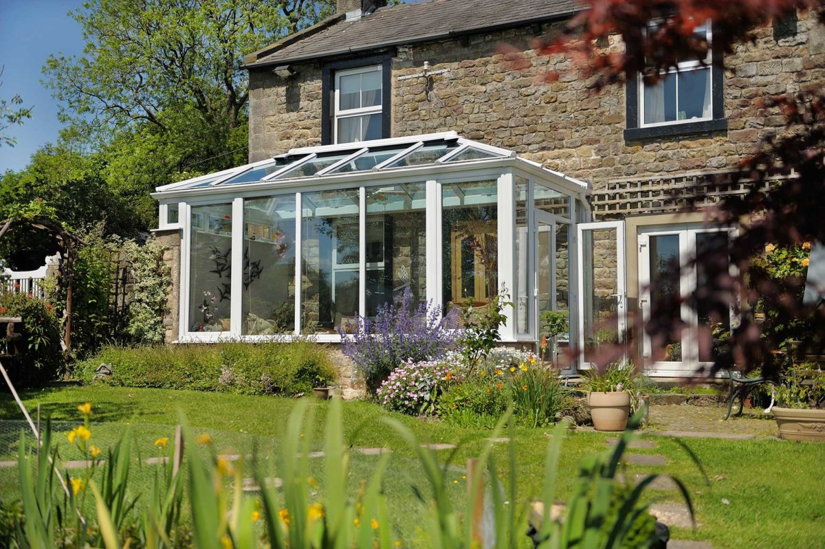 lean to roof glass roydon
